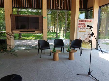 Zdjęcie przedstawia wnętrze Domu Zdrojowego