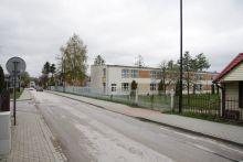 Nowa zatoka autobusowa na ul. Korczaka przy Szkole Podstawowej nr 2