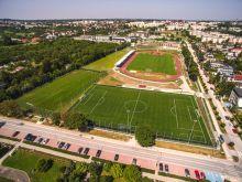 Przebudowa stadionu sportowego przy ul. Kusocińskiego w Busku-Zdroju – etap I – dokończenie robót